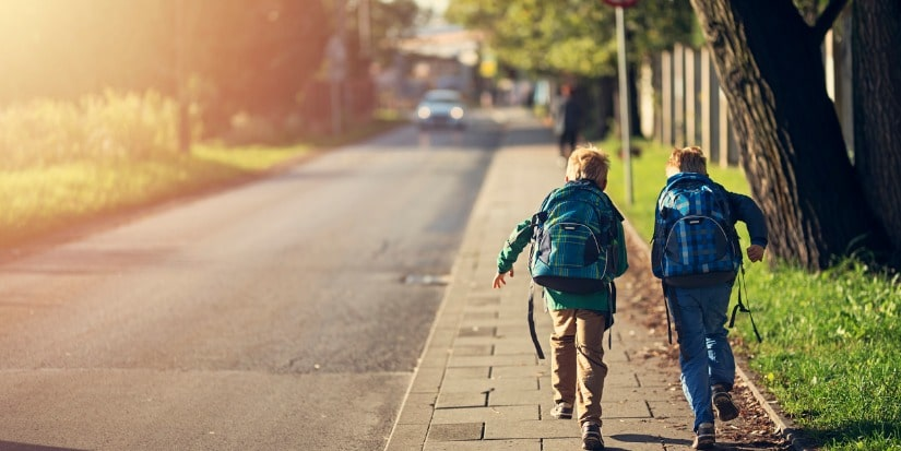 what is free-range parenting